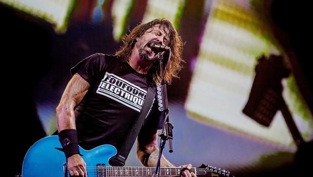 Frontman zasedbe Foo Fighters napisal pesem za desetletno bobnarko Nandi Bushell (foto: Profimedia)