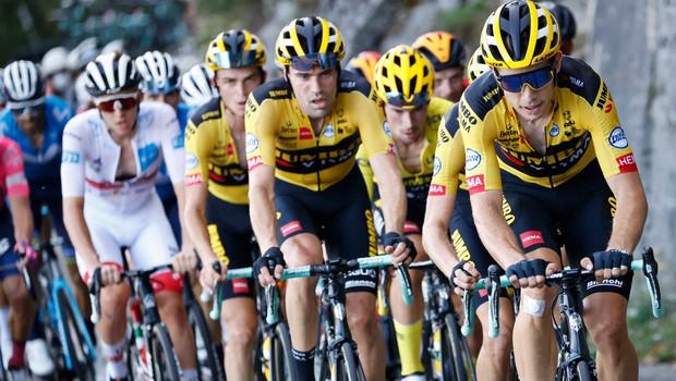 Najboljše kolesarje na dirki po Franciji danes čaka najtežji preizkus v Alpah (foto: Profimedia)