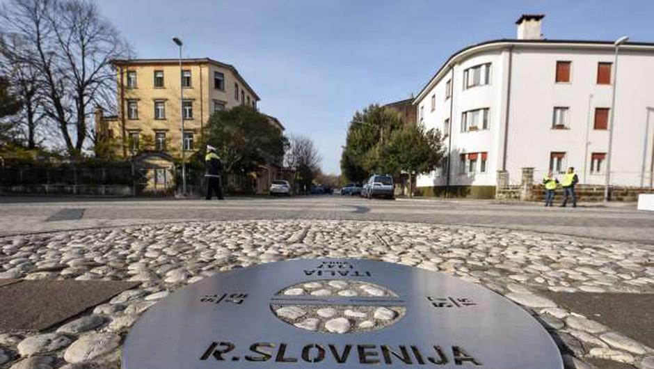 Župana Nove Gorice in Gorice sta razglasila zmagovalca natečaja za prenovo Trga Evrope (foto: Nebojša Tejić/STA)