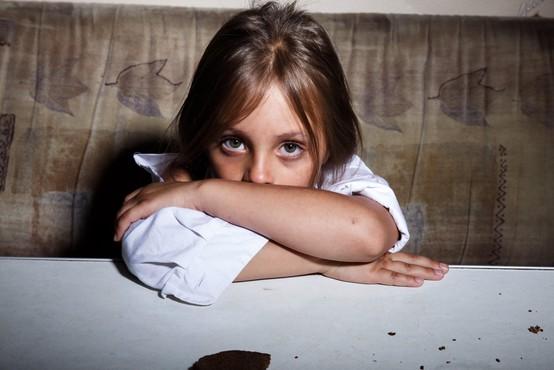 Zaradi posledic pandemije v revščino pahnjenih dodatnih 150 milijonov otrok na svetu