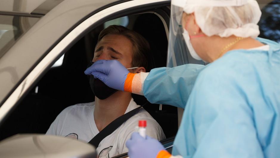 V sredo 104 pozitivni testi, trenutno več kot tisoč aktivno okuženih (foto: Profimedia)