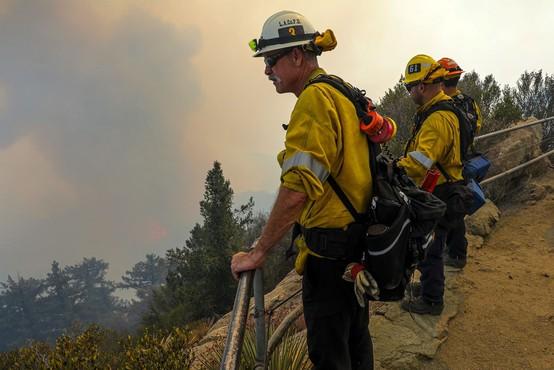 Požari v ZDA ne pojenjajo, gasilci pravijo, da česa takega še niso doživeli