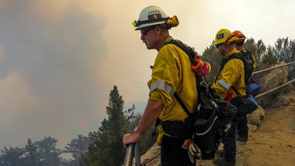 Požari v ZDA ne pojenjajo, gasilci pravijo, da česa takega še niso doživeli (foto: Profimedia)
