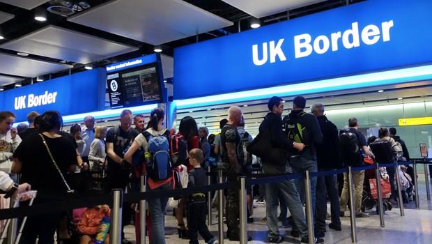 Velika Britanija Slovenijo umaknila s seznama varnih držav glede covida-19 (foto: Shutterstock)