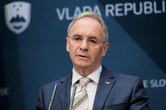 Aleš Hojs bo ostal na ministrskem položaju