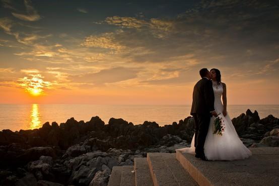Če boste za poroko izbrali Sicilijo, boste dobili v dar 3000 evrov