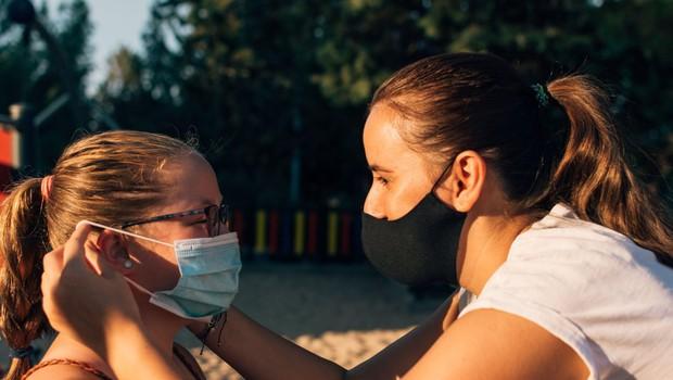 Pri naših južnih sosedih se je število okuženih povečalo za 197 (foto: profimedia)