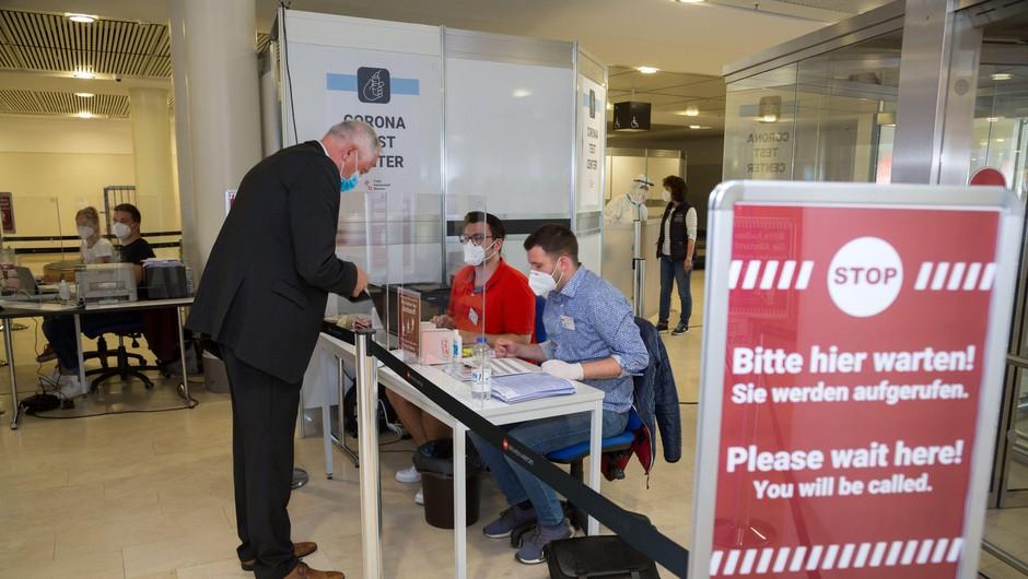 Letalska industrija poziva k uporabi hitrih testov v potniškem prometu (foto: Profimedia)