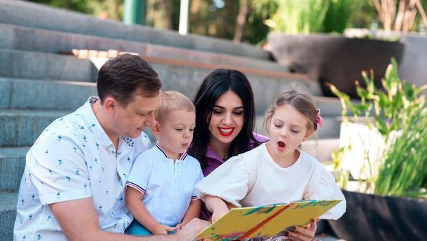 Izobrazba in poklicna dejavnost staršev precej vplivata na bodoči materialni položaj njihovih otrok (foto: Profimedia)