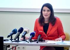 V opoziciji in sindikatu Sviz za odstop Kustečeve zaradi neuporabe maske, ta o odstopu ne razmišlja