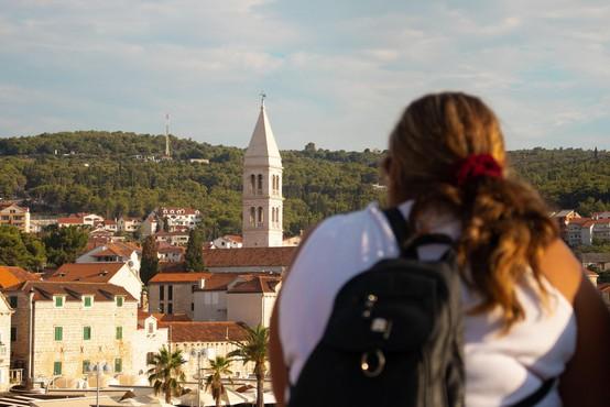 Na Hrvaškem 213 novih okužb in pet smrtnih žrtev