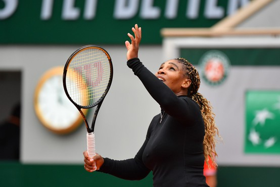 Serena Williams zaradi poškodbe predčasno končala OP Francije