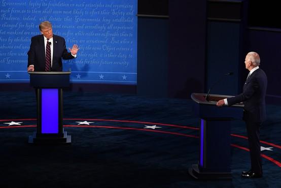 Prvo soočenje Bidna in Trumpa minilo v pomanjkanju reda in discipline