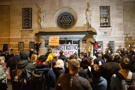 Redni petkov protest tokrat namenjen zdravstvu