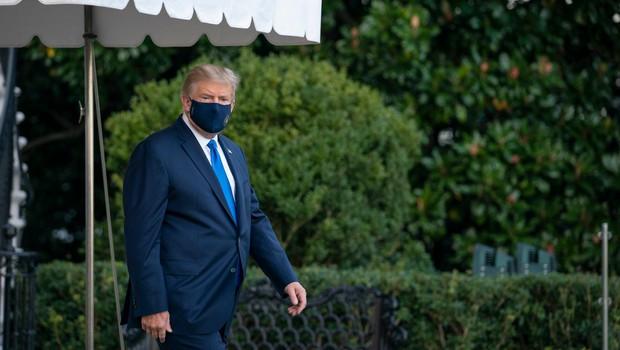 Donalda Trumpa odpeljali v vojaško bolnišnico (foto: profimedia)