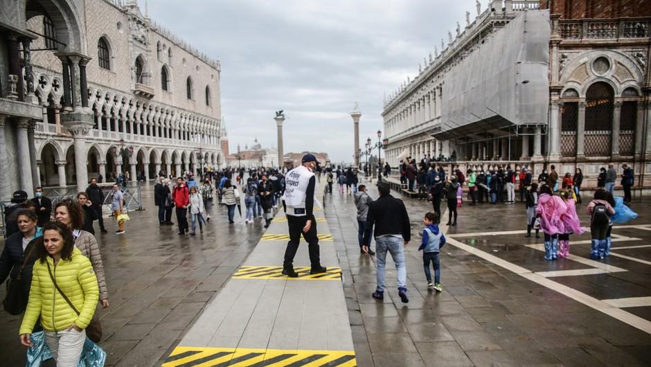 Neurje opustošilo dele Italije in Francije, več ljudi pogrešanih (foto: profimedia)