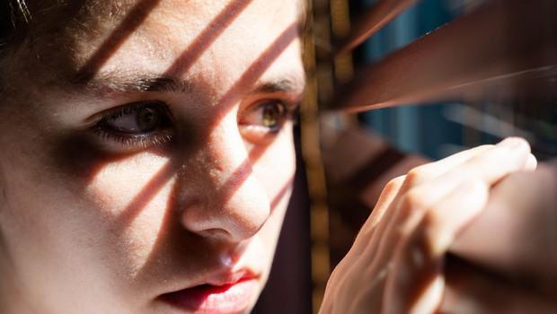 Stiske mladih je epidemija z omejenimi stiki dodatno povečala (foto: profimedia)