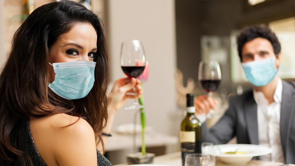 Kako točno bomo nosili maske v restavracijah in lokalih? Primer Hrvaške! (foto: Shutterstock)