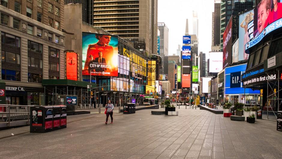 Newyorški župan zaradi širjenja koronavirusa zapira devet mestnih sosesk, zapira se tudi Pariz (foto: Shutterstock)