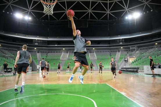 Košarkarji Cedevite Olimpija v desetdnevni karanteni