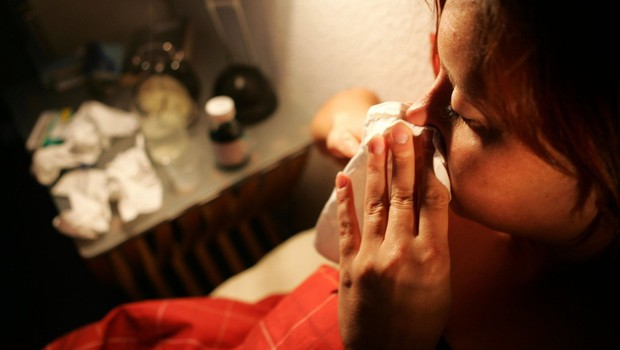 Obstaja simptom, po katerem boste lažje ločili med prehladom, gripo in covidom (foto: profimedia)