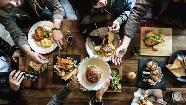 V več kot 100 najboljših gostilnah in restavracijah se začenja jesenska izvedba tedna restavracij (foto: Shutterstock)
