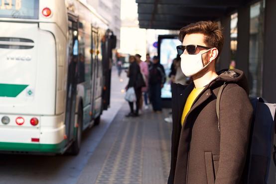 V Sloveniji dodatnih 380 okuženih in dve smrti