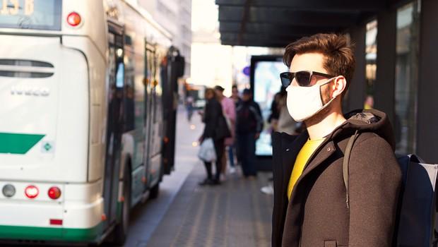 V Sloveniji dodatnih 380 okuženih in dve smrti (foto: Shutterstock)