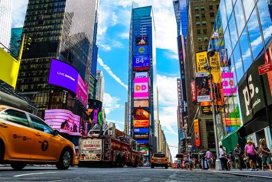 Poraba tujih turistov v ZDA letos za 75 odstotkov manjša, posledice najbolj čuti New York