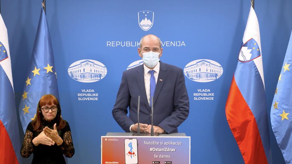 """Janša: Od petka omejitev gibanja med """"rdečimi"""" regijami, od ponedeljka pouk na daljavo (foto: gov.si)"""