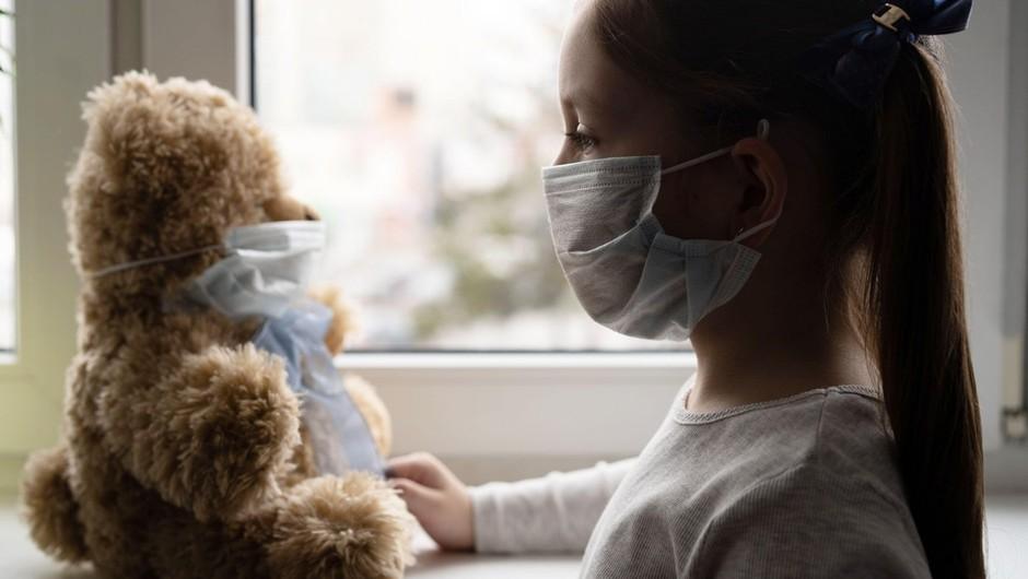 Otroci niso nič manj kužni pri prenosu koronavirusa kot odrasli, kaže nemška študija (foto: profimedia)
