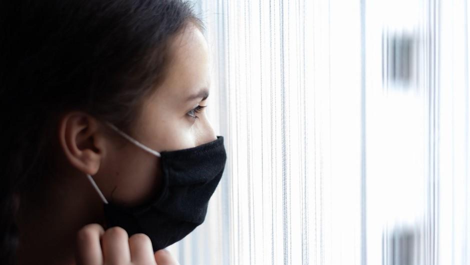 V sredo so opravili 5287 testov in potrdili 745 okužb (foto: Profimedia)