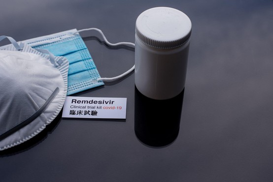Remdesivir ni učinkovit pri zdravljenju covida, opozarja WHO, pri Gilead se ne strinjajo!