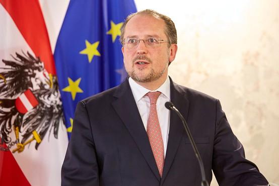 S koronavirusom okužen tudi avstrijski zunanji minister Schallenberg