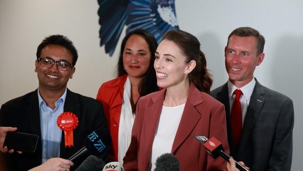 Jacinda Ardern z Laburistčno stranko do absolutne večine v parlamentu (foto: profimedia)