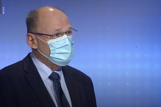 Kacin pojasnil, zakaj do pred kratkim na novinarskih konferencah ni nosil maske