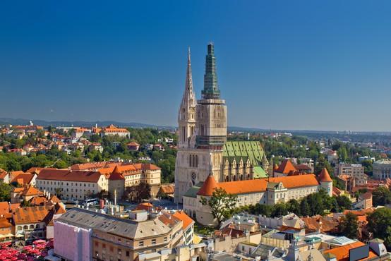 Hrvati v zadnjih 24 urah zabeležili upad števila okuženih
