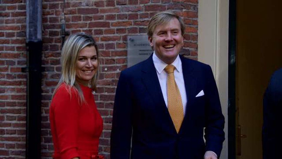 Nizozemski kraljevi par razburil s potovanjem v času koronakrize (foto: Xinhua/STA)