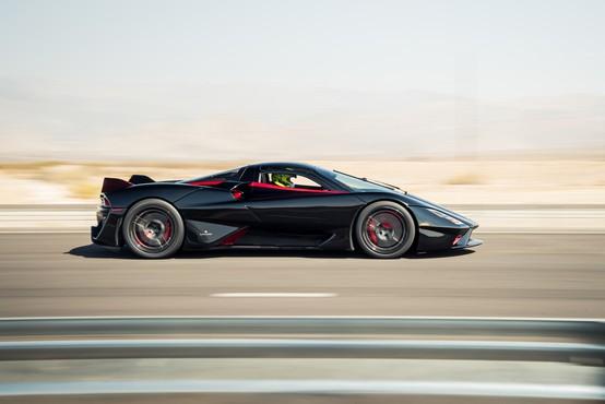 Bugatti je poražen, to je novi hitrostni rekorder med serijskimi avtomobili (video)