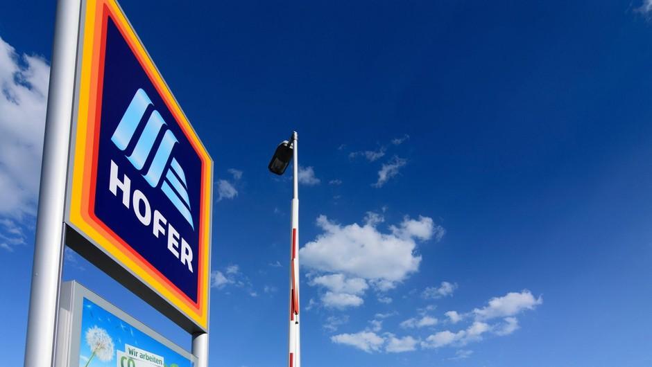 Hofer bo še naprej odprt do 21. ure, Petrolovi bencinski servisi 24 ur (foto: Profimedia)