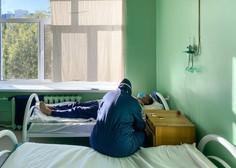 V slovenskih bolnišnicah trenutno na razpolago 100 postelj za intenzivno nego bolnikov s covidom-19