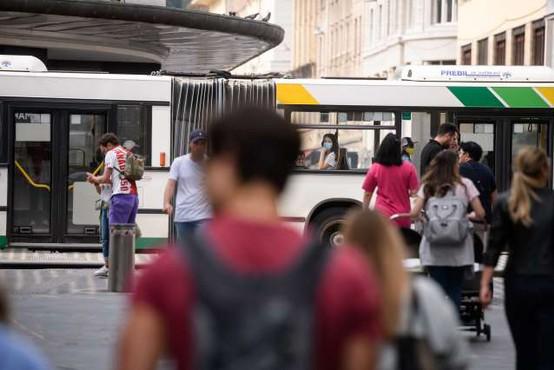 LPP s ponedeljkom uvaja počitniški vozni red in ukinja nočne linije
