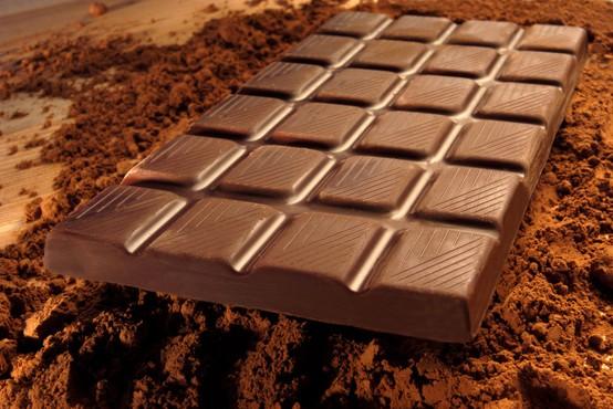 Zaradi preveč zaužite čokolade lahko postanete nervozni in prepirljivi, kažejo raziskave