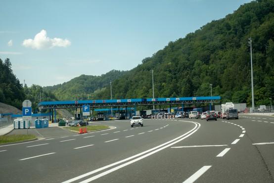 Ob meji oranžni le še hrvaška Istra, Primorsko-goranska županija in avstrijska Koroška