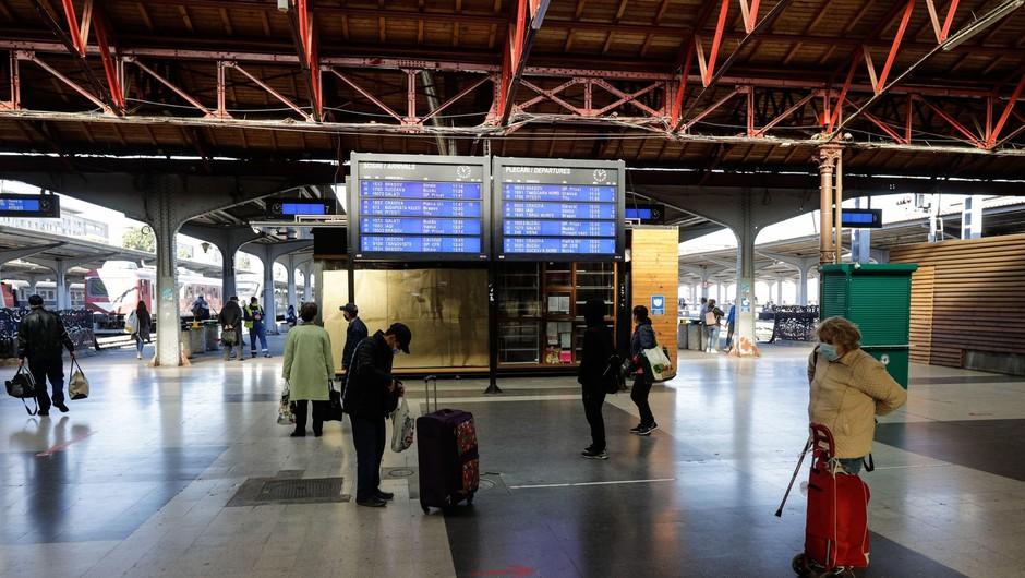 V osmih mesecih 70 odstotkov manj mednarodnih turistov (foto: Profimedia)