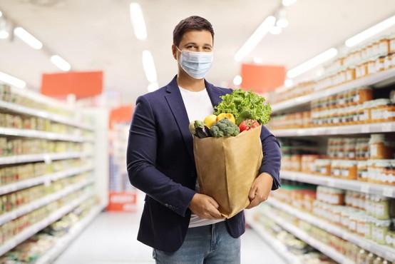 Med epidemijo je še posebej pomembna higiena pri rokovanju s hrano
