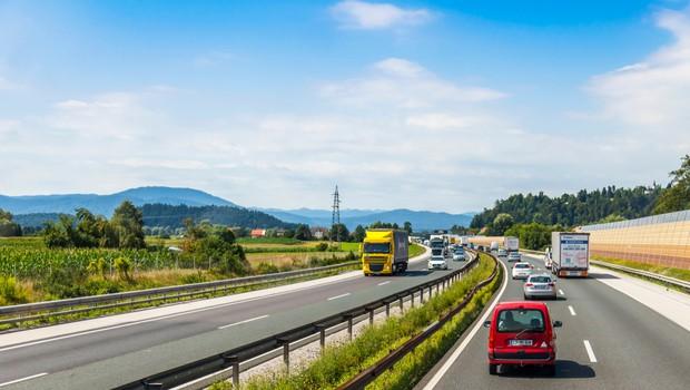 Tukaj si lahko prenesete obrazec za prehajanje med občinami (foto: Shutterstock)