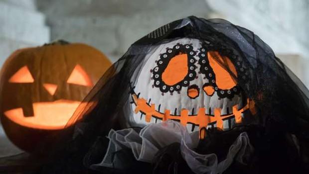 Za noč čarovnic bomo morali biti letos zaradi epidemije še bolj ustvarjalni (foto: Xinhua/STA)