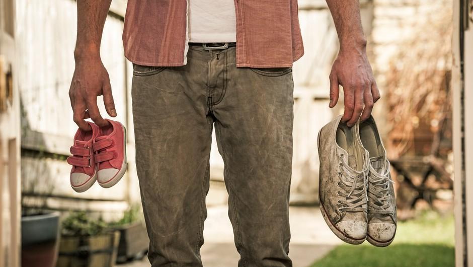 Moški z velikimi stopali pogosteje varajo, ženske z zadnjico Kim Kardashian pa so inteligentnejše (foto: profimedia)