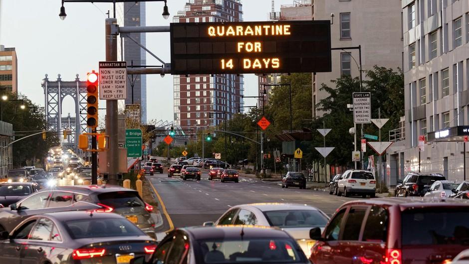 Pet dni pred volitvami v ZDA rekordnih, več kot 90 tisoč dnevnih okužb (foto: profimedia)